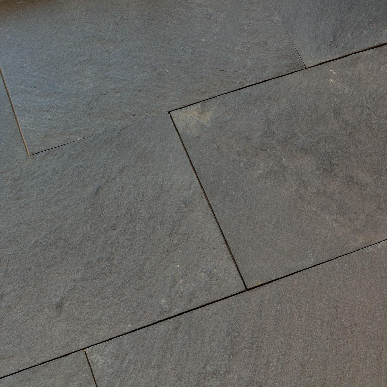 Dalles carrelage quartzite noire malaga black indoor by for Carrelage 40x40 gris
