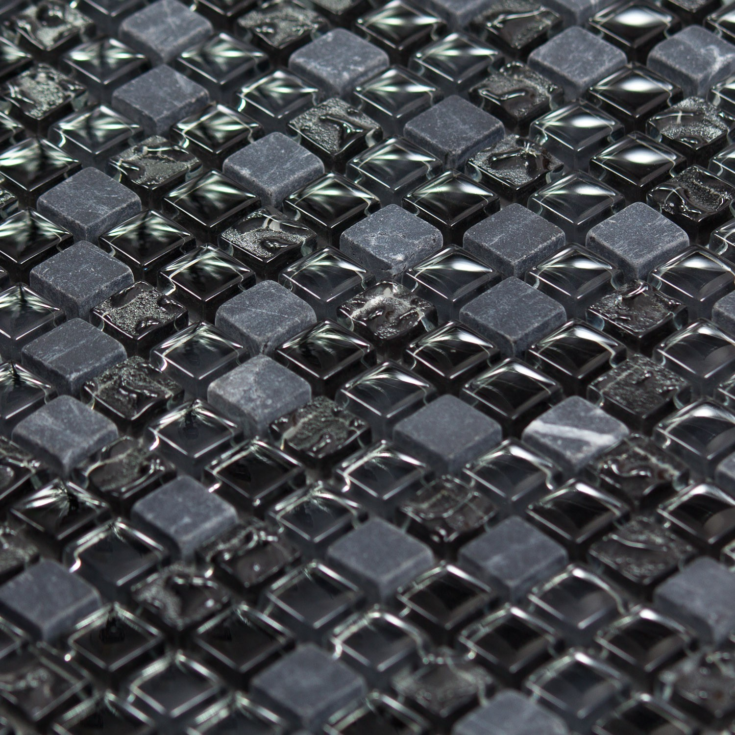 Mosa que marbre et verre chrome color noire indoor by capri for Carrelage en mosaique